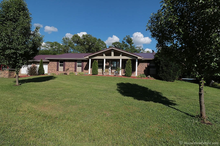 Home for sale in Bonne Terre MO 3 bedrooms, 4 full baths