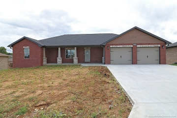 Home for sale in Jackson MO 4 bedrooms, 3 full baths