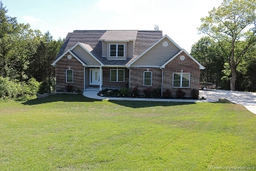 Home for sale in Festus MO 3 bedrooms, 2 full baths and 1 half baths