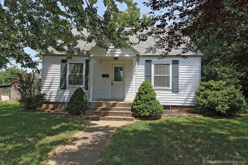 Home for sale in Jackson MO 3 bedrooms, 1 full baths