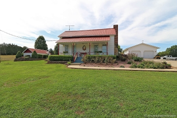 Home for sale in Fredericktown MO 4 bedrooms, 2 full baths