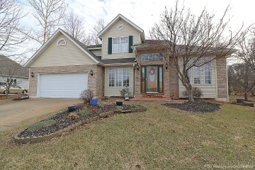 Home for sale in Farmington MO 3 bedrooms, 2 full baths and 1 half baths