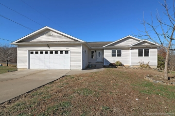 Home for sale in St. Mary MO 3 bedrooms, 1 full baths and 1 half baths