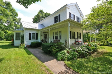 Home for sale in Marquand MO 3 bedrooms, 2 full baths