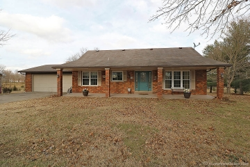 Home for sale in Jackson MO 3 bedrooms, 4 full baths