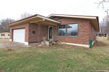 Home for sale in Ste. Genevieve MO 3 bedrooms, 2 full baths