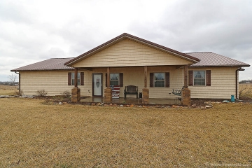 Home for sale in Oak Ridge MO 3 bedrooms, 2 full baths