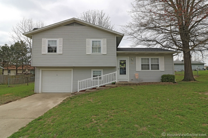 Home for sale in Jackson MO 4 bedrooms, 1 full baths and 1 half baths