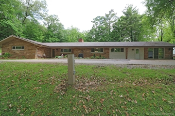 Home for sale in Cape Girardeau MO 3 bedrooms, 2 full baths and 1 half baths
