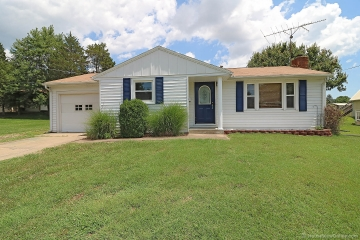 Home for sale in Jackson MO 2 bedrooms, 2 full baths