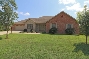 Home for sale in Jackson MO 4 bedrooms, 3 full baths and 1 half baths
