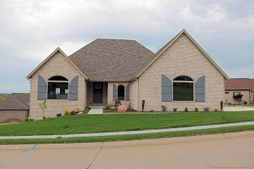 Home for sale in Cape Girardeau MO 3 bedrooms, 3 full baths and 1 half baths