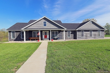 Home for sale in Frohna MO 5 bedrooms, 3 full baths