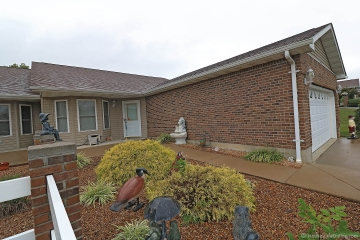 Home for sale in Bonne Terre MO 2 bedrooms, 2 full baths