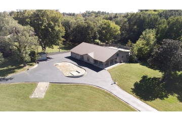 Home for sale in Cape Girardeau MO 3 bedrooms, 4 full baths