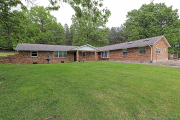 Home for sale in Marble Hill MO 4 bedrooms, 3 full baths