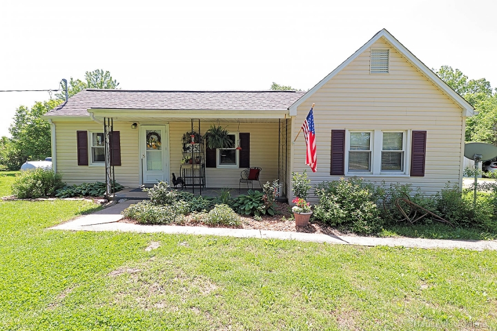 Home for sale in Farmington MO 3 bedrooms, 1 full baths
