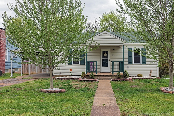 Home for sale in Farmington MO 2 bedrooms, 1 full baths