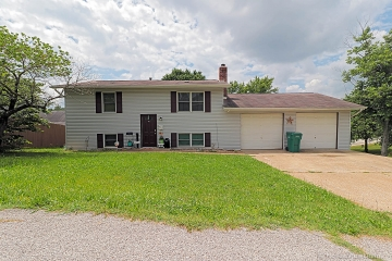Home for sale in DeSoto MO 4 bedrooms, 2 full baths