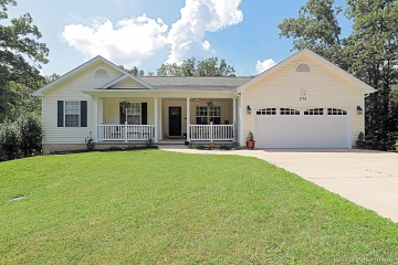 Home for sale in DeSoto MO 3 bedrooms, 3 full baths