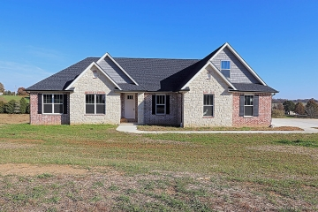 Home for sale in Cape Girardeau MO 5 bedrooms, 3 full baths and 2 half baths