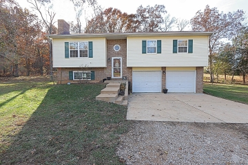 Home for sale in Valles Mines MO 5 bedrooms, 2 full baths and 1 half baths