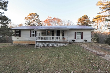 Home for sale in Potosi MO 4 bedrooms, 2 full baths