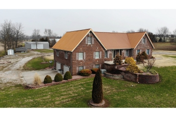Home for sale in Fredericktown MO 5 bedrooms, 3 full baths