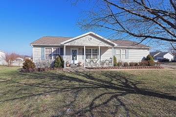 Home for sale in Park Hills MO 3 bedrooms, 2 full baths and 1 half baths