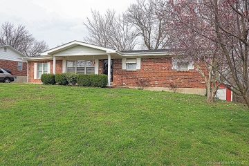 Home for sale in Park Hills MO 4 bedrooms, 2 full baths