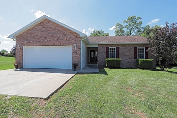Home for sale in Fredericktown MO 3 bedrooms, 2 full baths