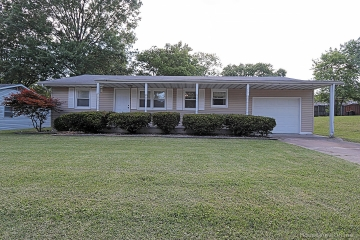 Home for sale in Perryville MO 3 bedrooms, 1 full baths and 1 half baths