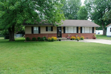 Home for sale in Advance MO 4 bedrooms, 1 full baths and 1 half baths