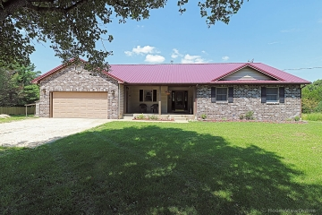 Home for sale in Bonne Terre MO 5 bedrooms, 3 full baths