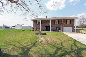 Home for sale in Doe Run MO 3 bedrooms, 2 full baths