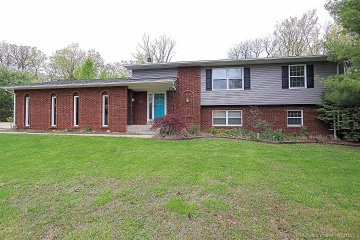 Home for sale in Bonne Terre MO 4 bedrooms, 2 full baths and 1 half baths