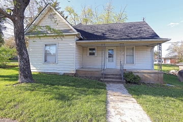 Home for sale in Park Hills MO 2 bedrooms, 1 full baths
