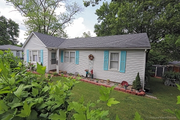 Home for sale in Potosi MO 4 bedrooms, 1 full baths and 1 half baths