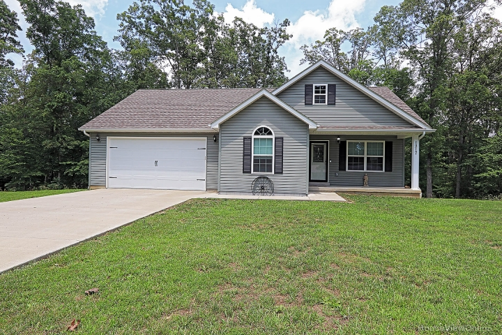 Home for sale in Valles Mines MO 4 bedrooms, 3 full baths