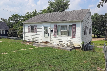 Home for sale in DeSoto MO 2 bedrooms, 1 full baths