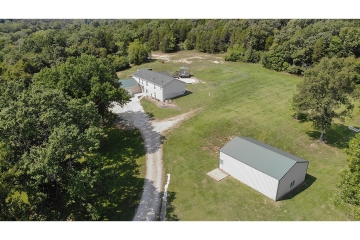 Home for sale in Hillsboro MO 3 bedrooms, 2 full baths