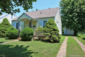 Home for sale in Jackson MO 4 bedrooms, 1 full baths