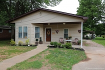 Real Estate Photo of MLS 17041666 213 6th Street, Farmington MO