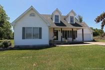 Real Estate Photo of MLS 17041956 3135 Hwy H, Farmington MO