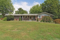 Real Estate Photo of MLS 17043386 530 Connie, Jackson MO