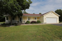 Real Estate Photo of MLS 17044074 5 Tom Dr, Farmington MO