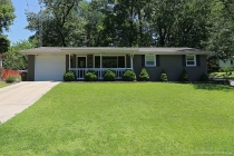 Real Estate Photo of MLS 17045447 1602 Oak Lane, Cape Girardeau MO