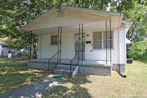 Real Estate Photo of MLS 17059281 123 Cook St, Chaffee MO