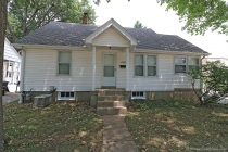Real Estate Photo of MLS 17060879 2000 Woodlawn Ave, Cape Girardeau MO