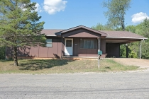 Real Estate Photo of MLS 17061315 10449 Glendale St, Potosi MO
